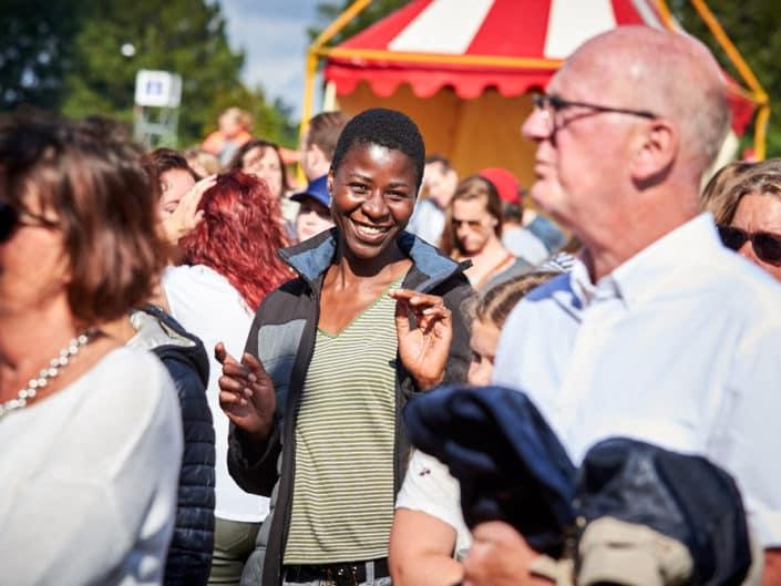 Publiek bij People Stage tijdens Parkpop, Den Haag