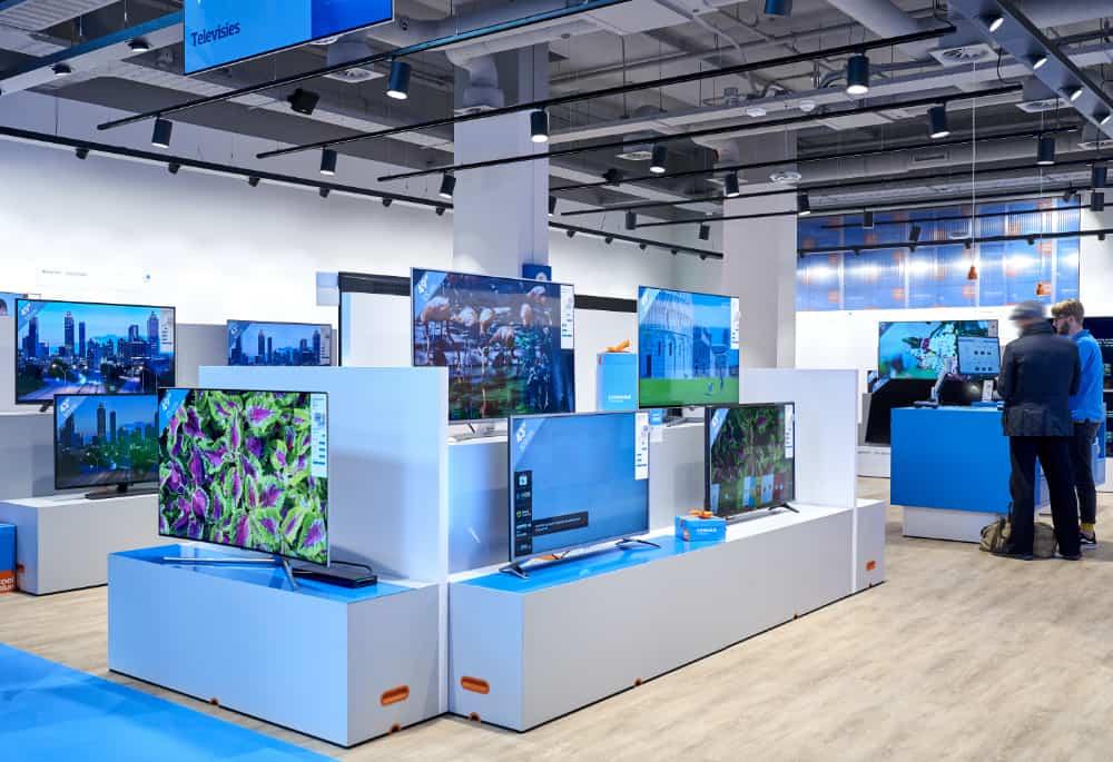 Voor de portfolio van Desarc maakte ik foto's van de nieuwe winklel van Coolblue in Amsterdam